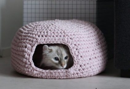 Knitted cat house